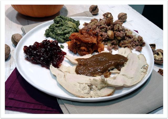De Thanksgiving a Navidad II. Stuffing de salchichas, champiñones y castañas, con puré de boniatos