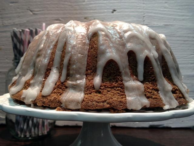 Bundt 4 poppy seed lemon cake