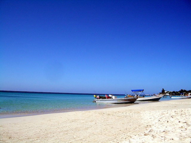 Playas que quitan el hipo. Islas Phi-Phi e Isla Roatán