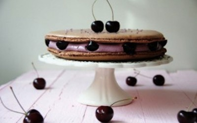 Ispahan of cherries with anise. The cake of macaron