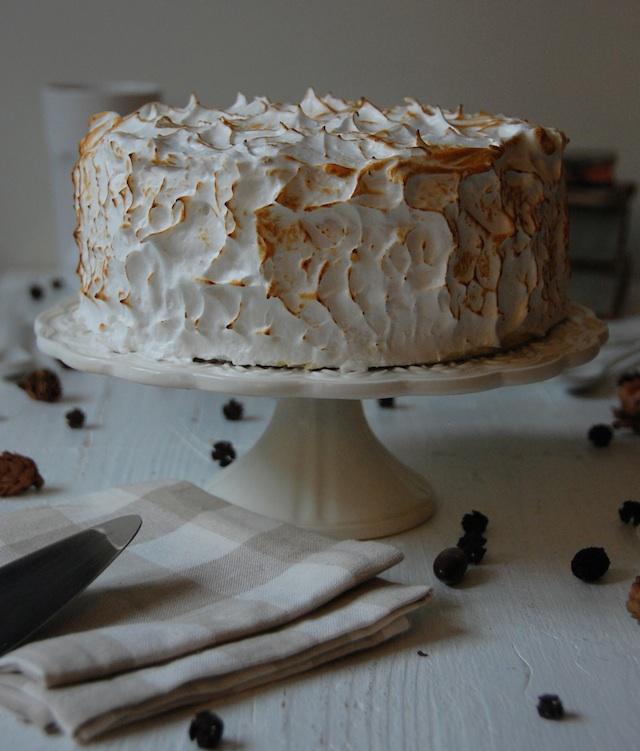 4 BANANA CAKE AND LOLETA MERINGUE TART