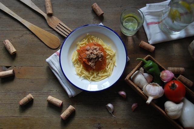 Pasta con mi salsa secreta (de verduras y atún)