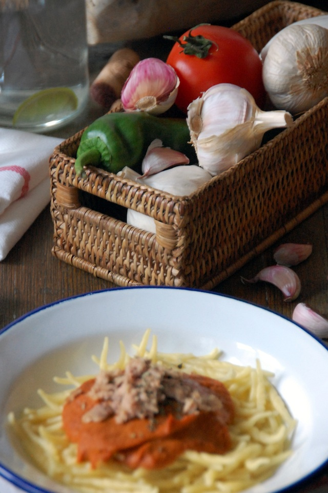 Trofie with sauce of vegetables and tuna Loleta 8