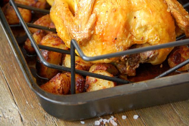 Pollo asado con patatas picantes Loleta 16