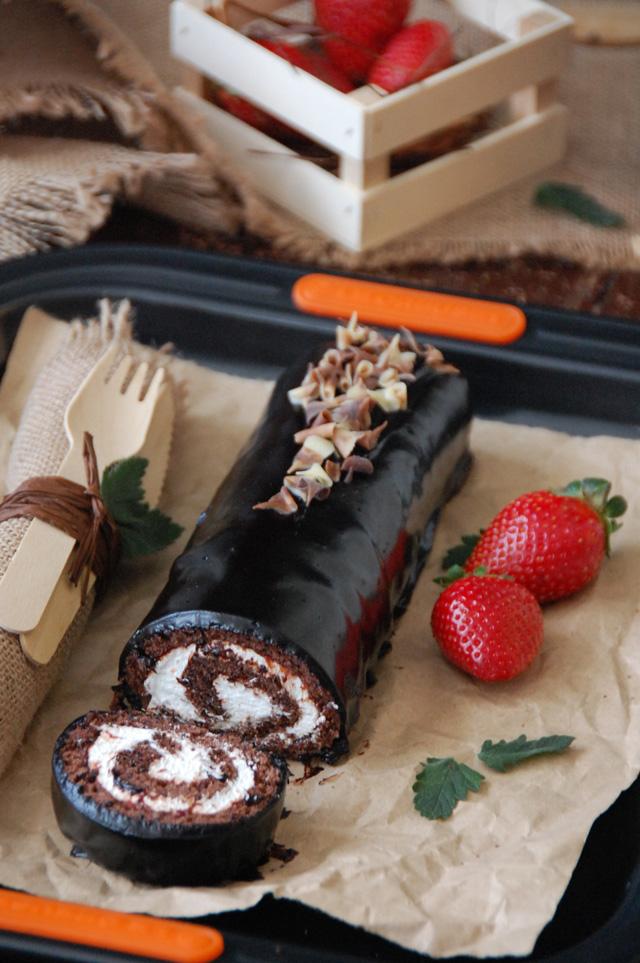 Tigretón Loleta Bizcocho chocolate nata y fresa 1