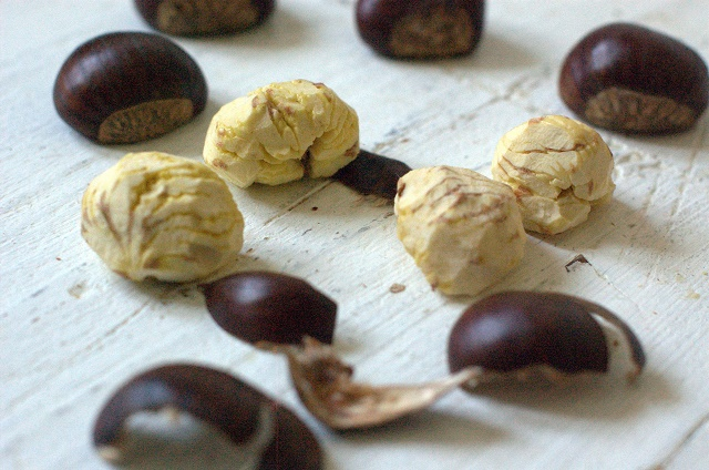 Quail with chestnuts. Loleta 01