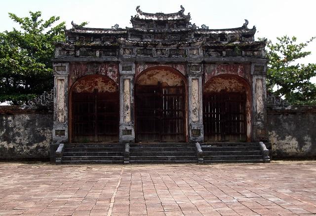 Vietnam Tumba Tu Duc Loleta 07