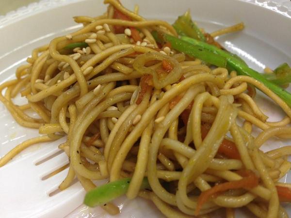 Wok de verduras y sésamo. Show cooking