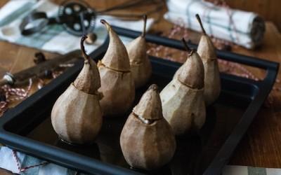 Peras rellenas de foie