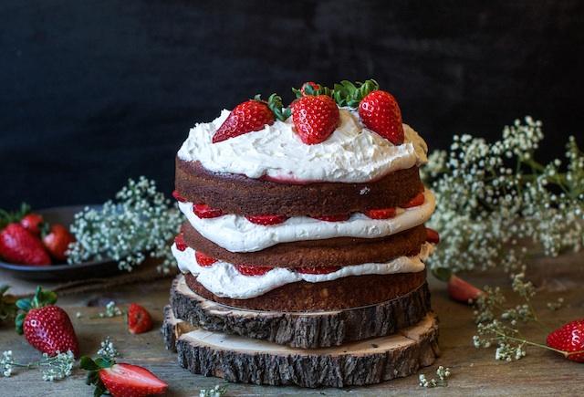 Tarta de fresas y mascarpone. ¡Felíz cumpleaños!