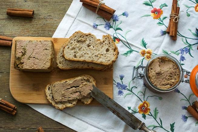 Perdiz: paté casero con aceite de oliva virgen extra