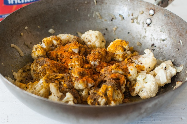 Merluza en salsa. Un trocito de Bengala en tu mesa