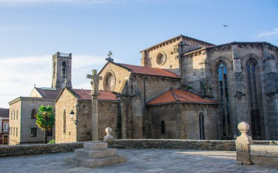 Betanzos and Gothic churches. Galicia in pure I