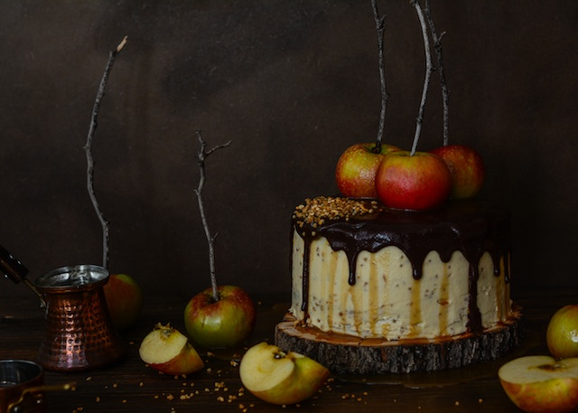 Chocolate cake and apples with caramel sauce