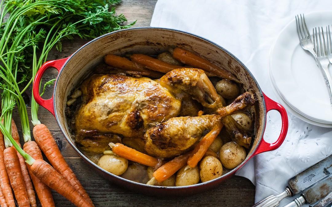 Pollo en cocotte con vino blanco