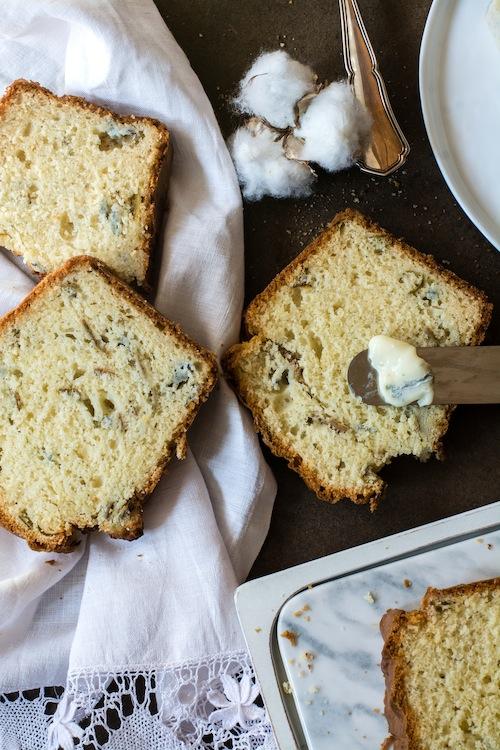 Bizcocho salado de queso gorgonzola
