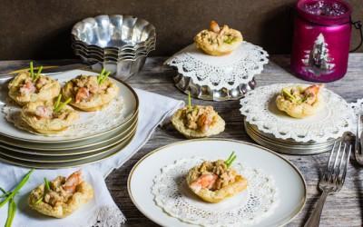 Tartaletas de langostinos cremosos con puerros