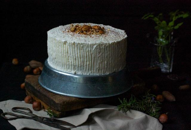 Pastel de coco y piña. Mi versión de la hummingbird cake
