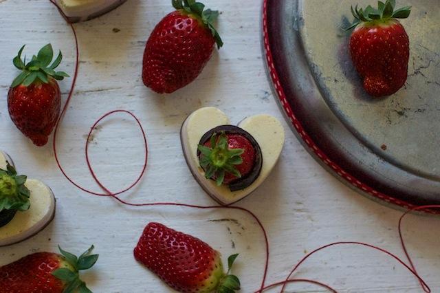 Mousse de chocolate, fresas y vainilla