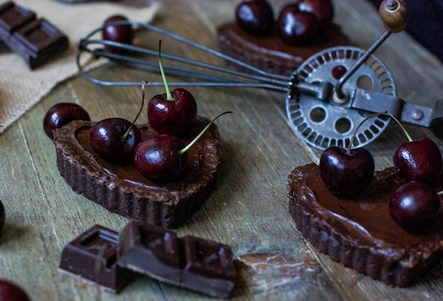 LOLETA 16 chocolate tartlets (1 of 1)