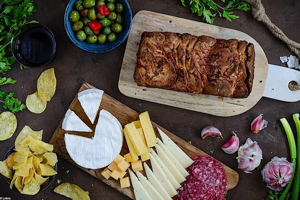 Pan de ajo y queso. Pull part bread fácil y rápido para hacer en casa