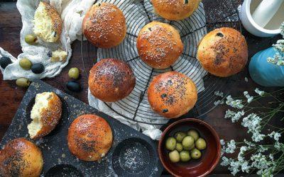 Pan fácil de aceitunas  con romero