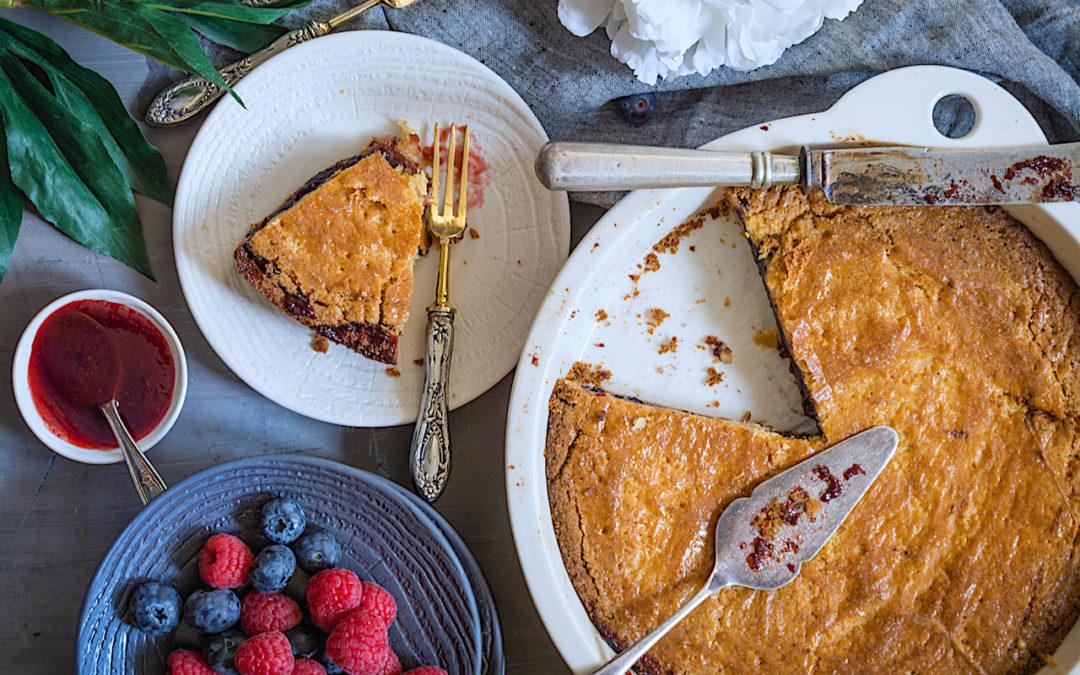 La mejor receta del Pastel Vasco relleno de frutos rojos