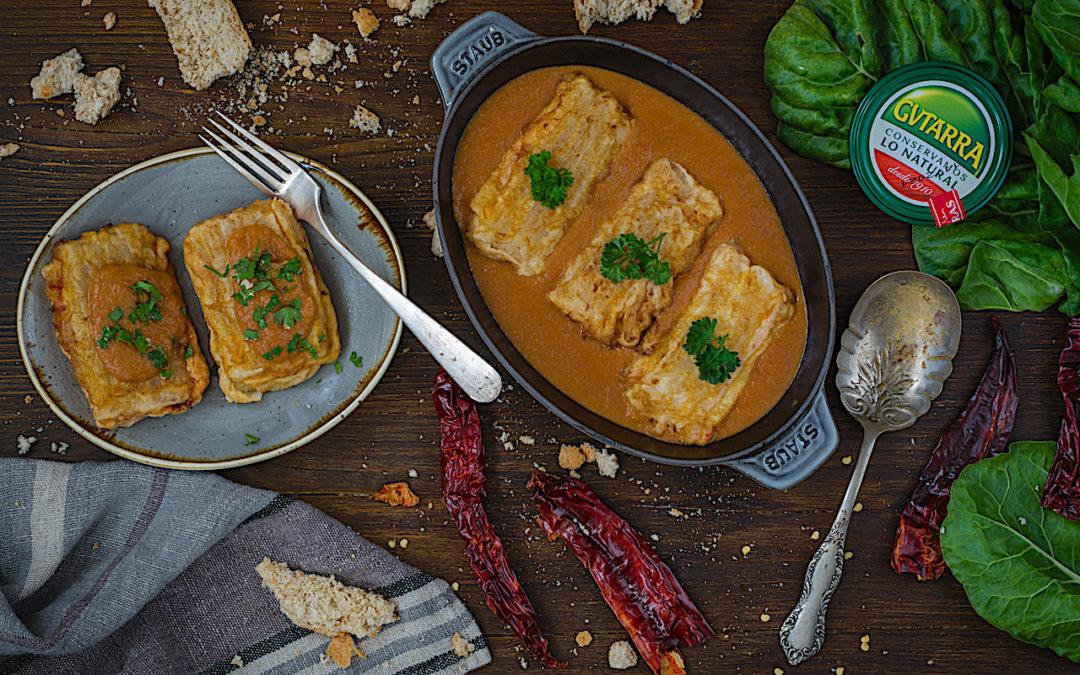 Receta fácil de pencas rellenas de jamón y queso con salsa vizcaína