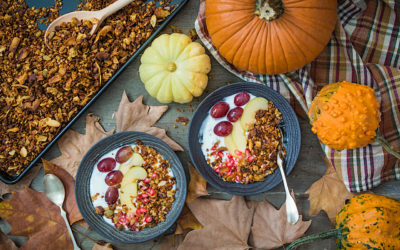 Easy recipe for granola with pistachios and pumpkin. Champions gluten-free breakfast