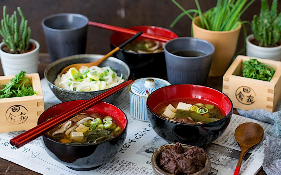 Sopa miso con shitake, wakame y tofu. Un poco de Japón en tu mesa