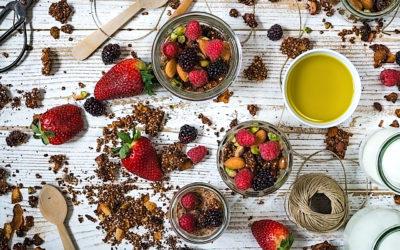 Granola de quinoa con coco y almendras y aceite de yuzu