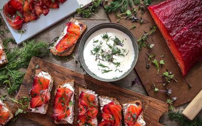 Salmón marinado con remolacha