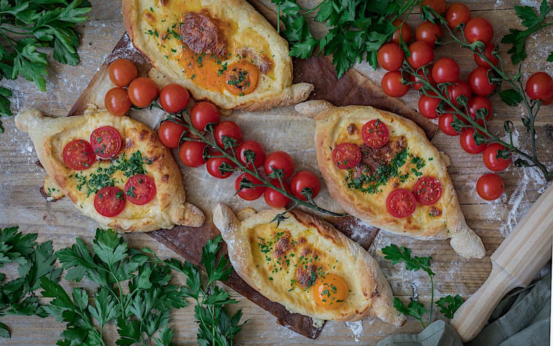 Khachapuri. El pan relleno de queso de Georgia