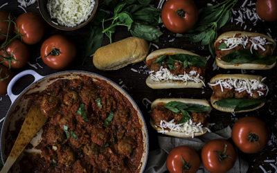 Bocadillo de albóndigas de la abuela con tomate: Polpette della nonna al pomodoro