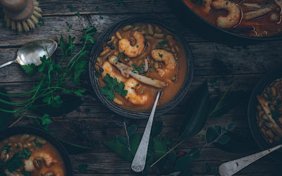 Verdinas with prawns and knives. Sea and mountain in your table