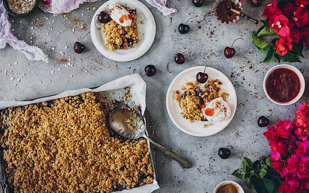 Crumble de cerezas y avena sin gluten