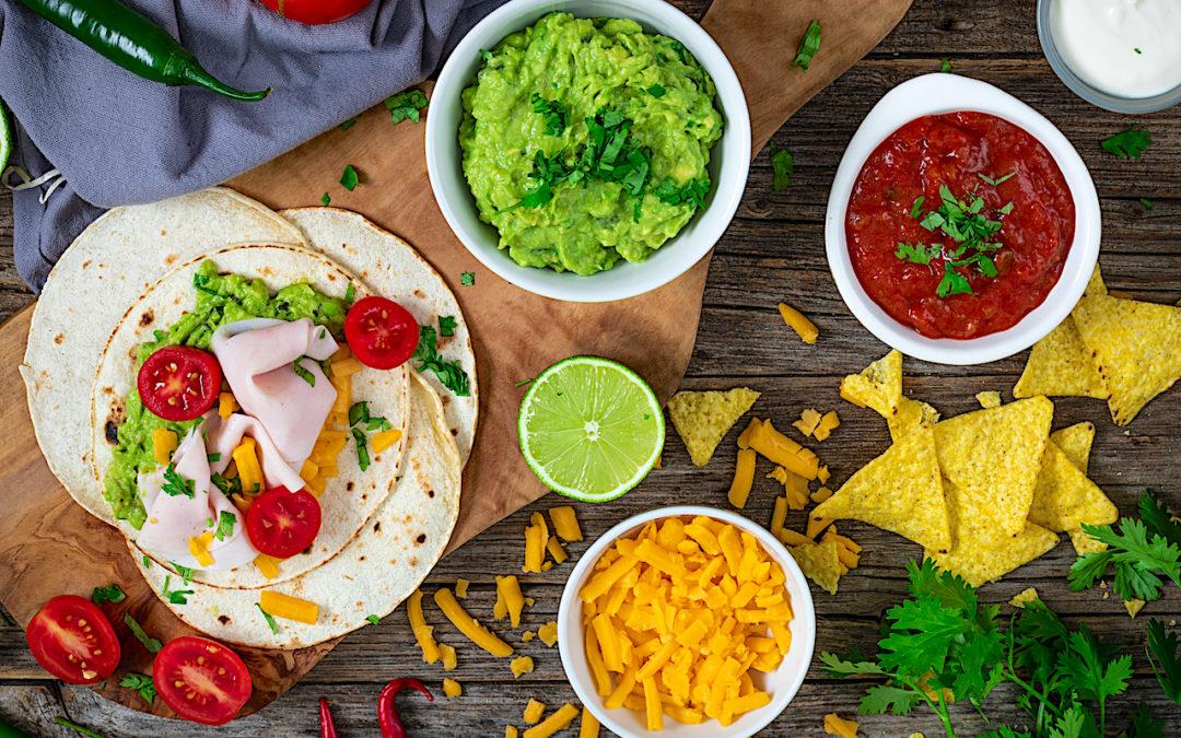 Burritos ligeros de pechuga de pavo y guacamole