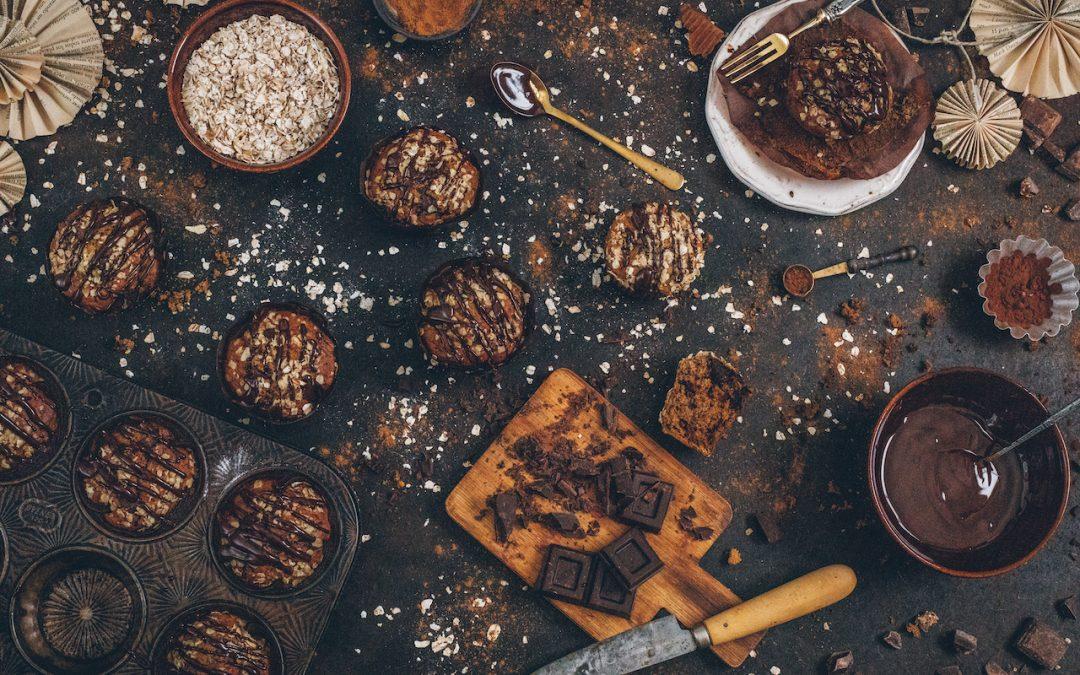 Muffins de plátano con chocolate y avena sin azúcar y sin batidora