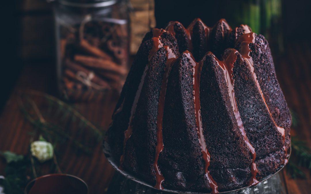 El mejor bizcocho de chocolate. Receta fácil y rápida.