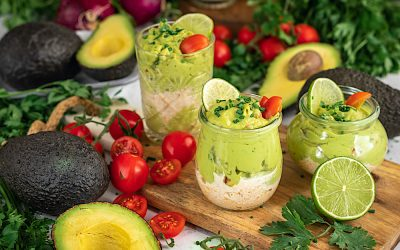 Crab tartare and avocado mousse cups