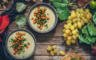 Artichoke velouté. Light cream of lactose-free vegetables