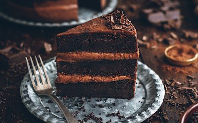 Chocolate cake without blender. Brownie or sponge cake?