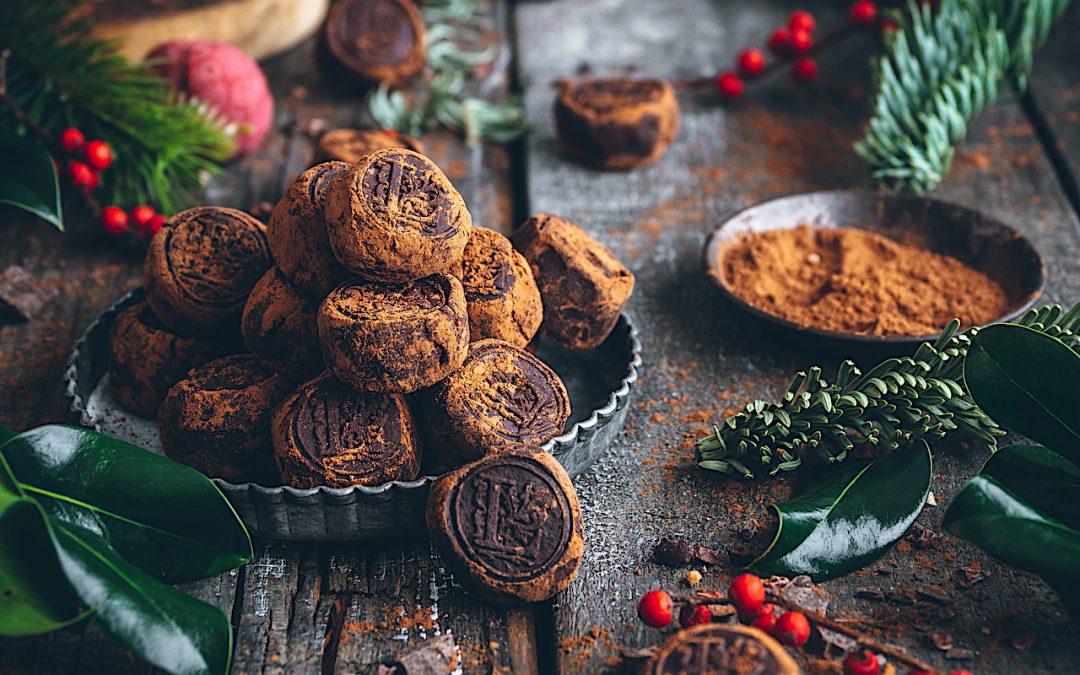 Trufas de chocolate. El mejor regalo en la mesa de Navidad