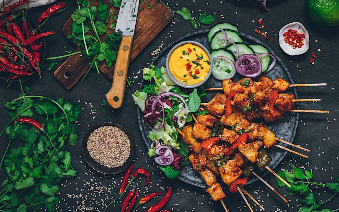 Pinchitos de pollo. Un poquito de salsa coreana en tu vida